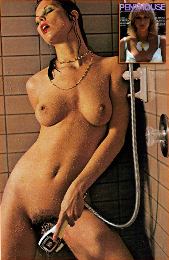 Photographie de Mariwin Roberts prise par Malinowski pour le magazine Penthouse (1978).