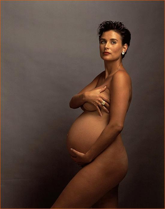 Demi Moore pour Vanity Fair par Annie Leibovitz.